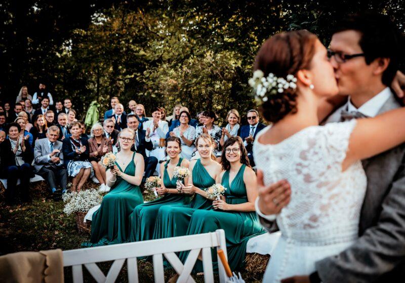 Lässige Vintage-Hochzeit in der Landscheune Rohlsdorf